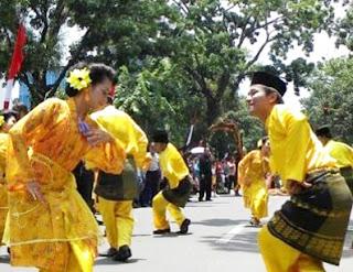 Keunikan Sejarah Gerak Tari Tradisional Serampang Dua Belas Sumatera Utara Tempat Wisata Keunikan Sejarah Gerak Tari Tradisional Serampang Dua Belas Sumatera Utara