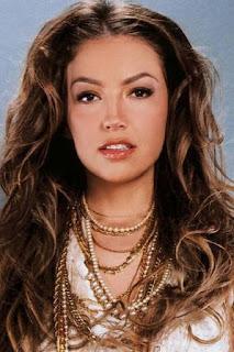 تاليا (Thalia)، مغنية مكسيكية وواحدة من أشهر ممثلات المسلسلات المكسيكية