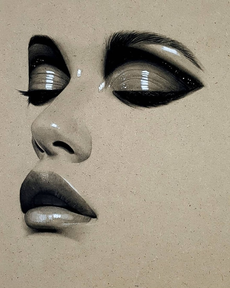 11-Husam-Waleed-Minimalist-Realistic-and-Stylized-Charcoal-Portraits-www-designstack-co