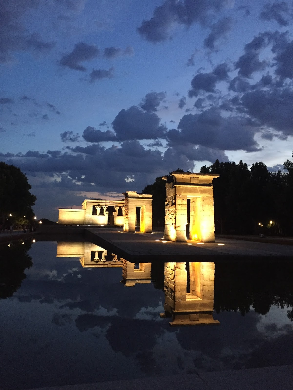 Madrid Day 3 and 4: Roselada and the Temple of Debod