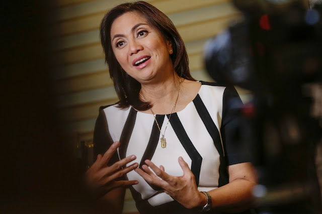 VP Leni Allegedly Busy Partying While The Whole Country Is Mourning after the Davao Night market Bombing