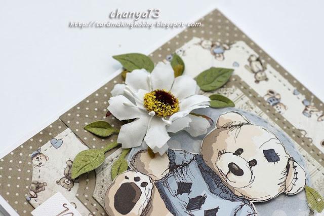 ozdoby na kartce -kwiaty, miś z grafik, warstwy