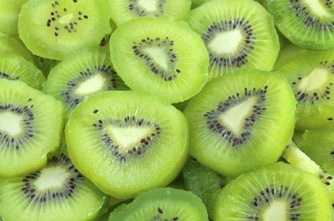 Cantik dan Sehat Dengan Manfaat Buah Kiwi