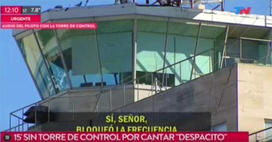 Piloto de avião canta 'Despacito' e bloqueia comunicações de aeroporto na Argentina