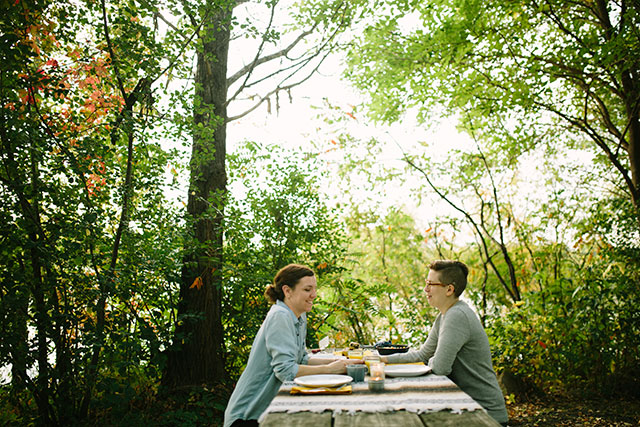 Breakfast in the woods - Photography by Jessica Holleque