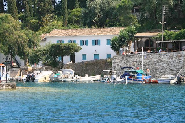 In Kalami Bay. Corfu. Greece. Бухта в Калами. Корфу. Греция.