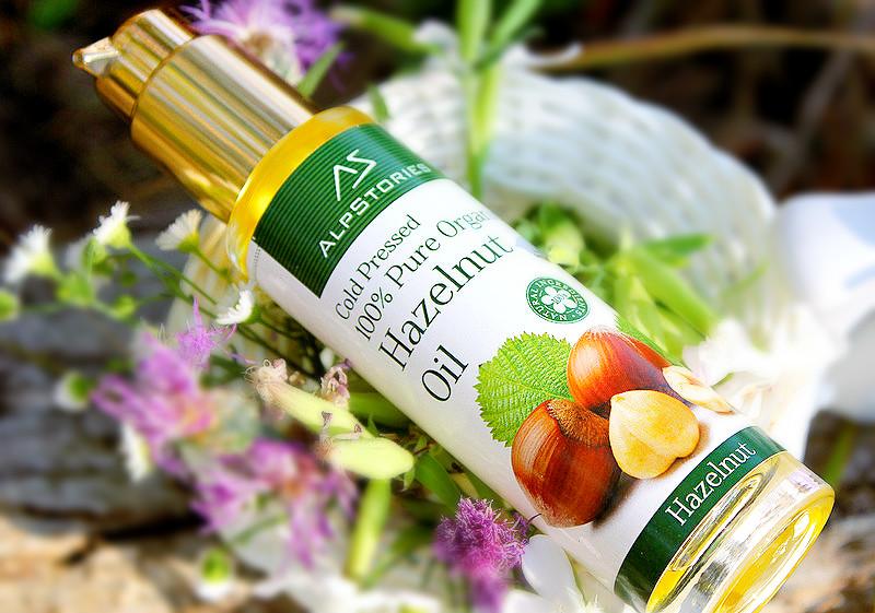 Отзыв: Массаж лица с чистейшим органическим маслом фундука (лесного ореха) AlpStories 100% Pure Organic Hazelnut Oil.