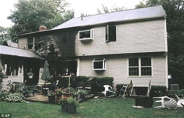 fotografije spaljene kuće