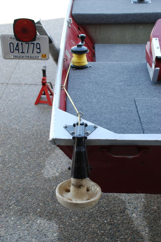Auger Valve Image Manual Anchor Winch