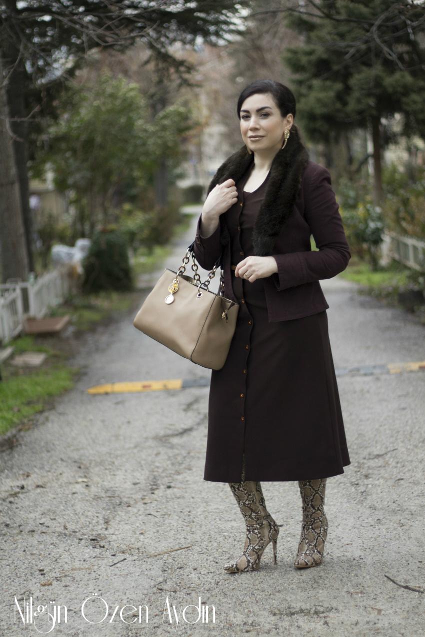 elbiseler-alışveriş-Yılan Derisi Desenli Çizmeler