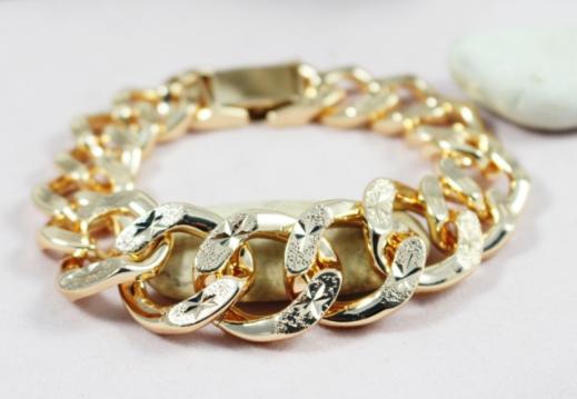 Model Rantai Emas Terbaru Untuk Wanita