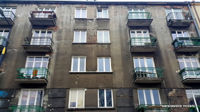 Powiśle Warszawa Warsaw kamienice ulica street modernizm ślady po kulach