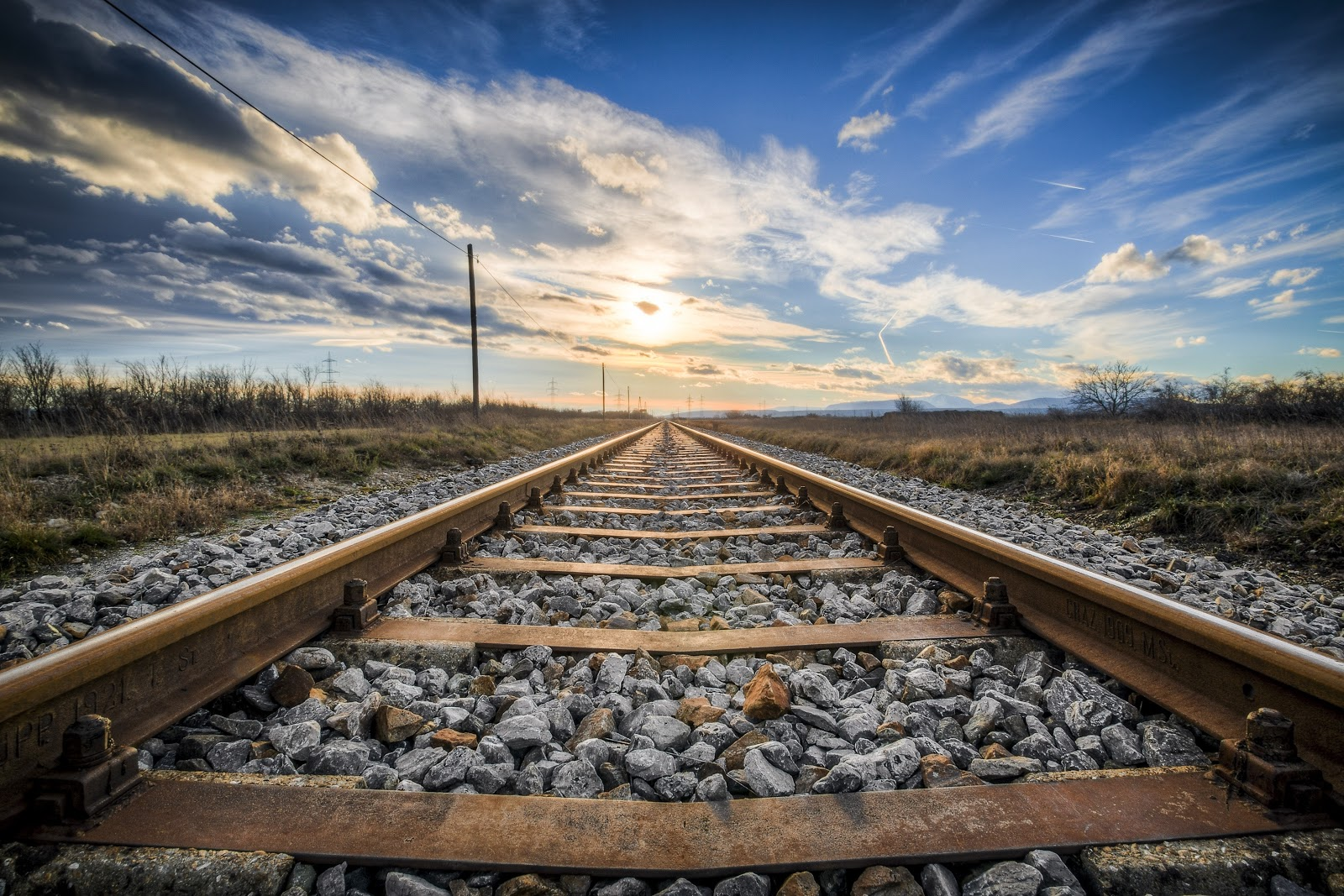 Kumpulan Wallpaper Rel Kereta Api | Railway Wallpaper