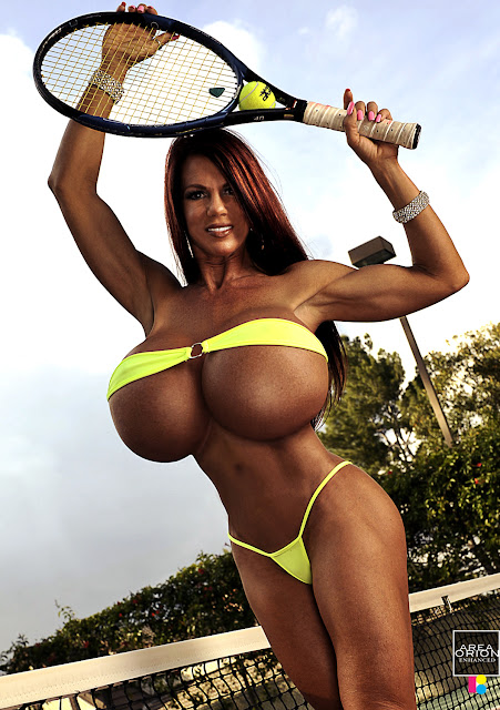 Linda Steele breast expansion