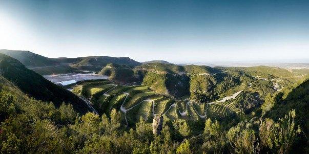 Paisajismo: Restauración del Vertedero de Residuos de la Vall d'en Joan - Batlle i Roig Arquitectes