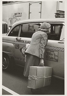 http://www.cavetocanvas.com/post/47164936693/helen-levitt-new-york-1982