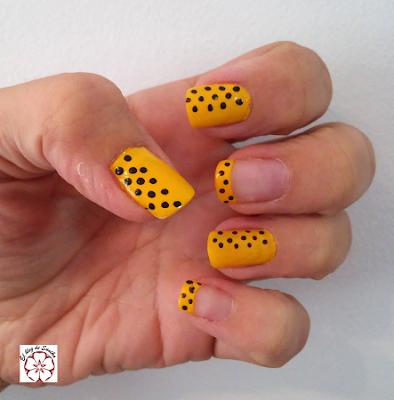 manicura amarilla