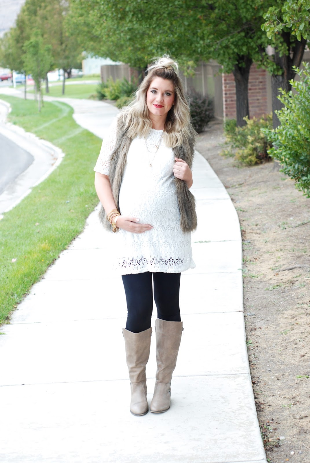 Journey Five, Lace, Fur, Preggo Leggings, Pregnant Outfit