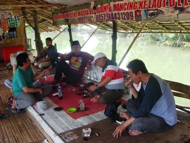 Ekowisata Mangrove ke Masjid Alam Muara Blacan Muaragembong Bekasi