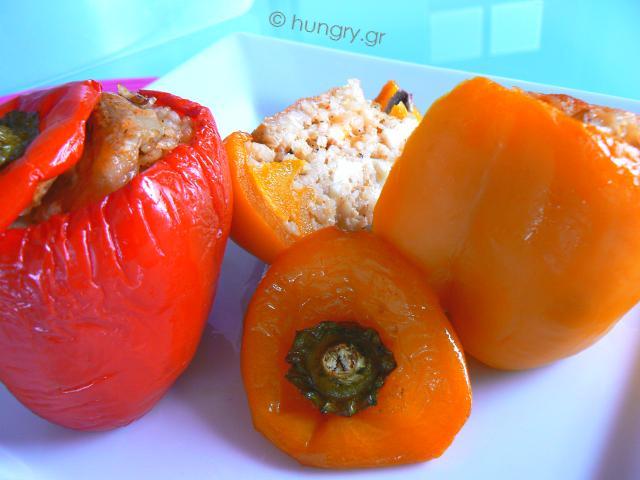 Πιπεριές Γεμιστές με Μανιτάρια και Τυρί
