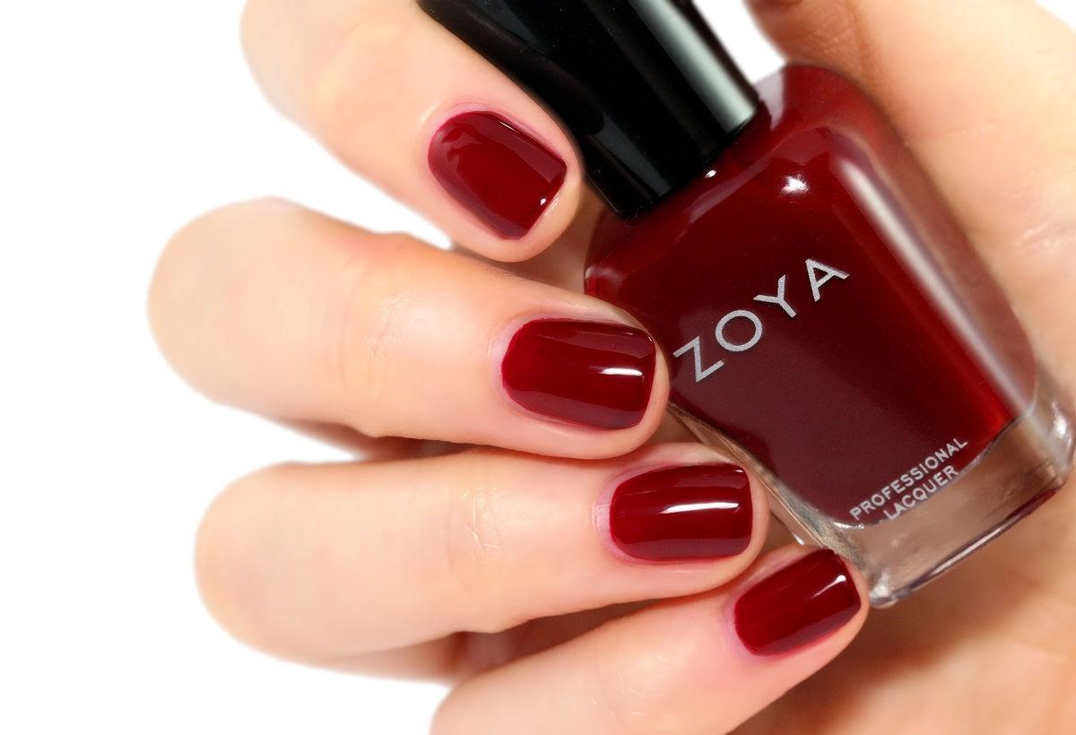 Zoya Matte Lipstick Red Beet Daftar Harga Terkini Dan Terlengkap Ultramoisse 18 Pinnacota 321363 Courtney Is Described As A Deep Root Shade With Full Coverage And
