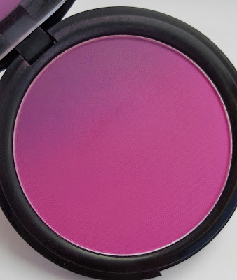 NYX Ombre blush in Code Breaker