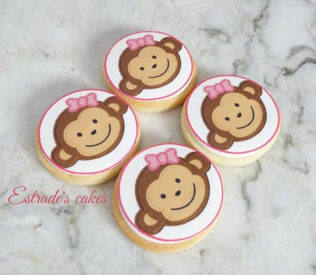 galletas de monitas decoradas con papel comestible 5