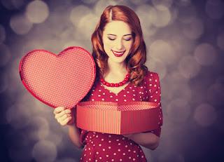 صور بنات عيد الحب