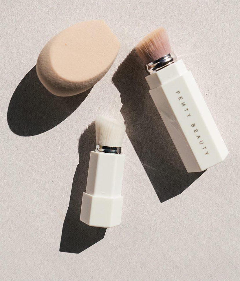 fenty-beauty-brush-sponge