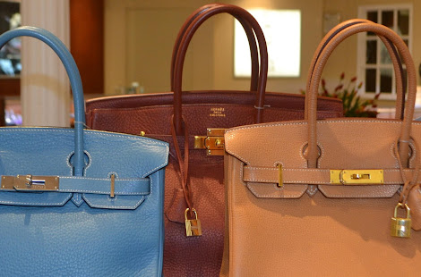 7b8988921138 Radcliffe Jewelers in Towson Town Center just started selling Vintage  Handbags in the store and online.