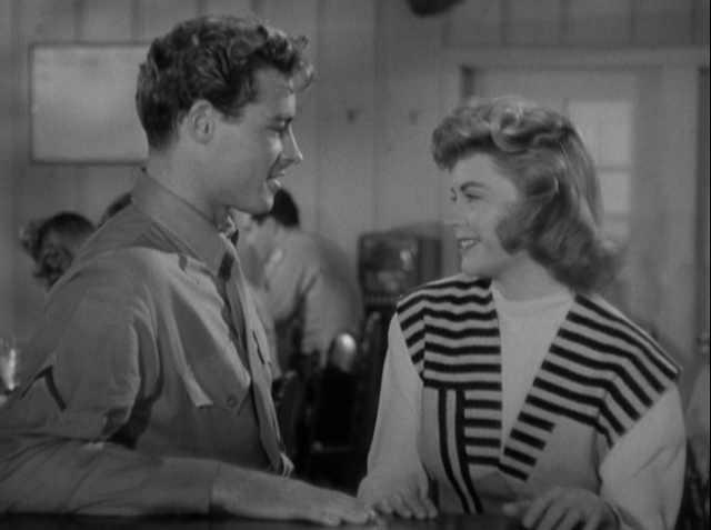 Guy Madison and Dorothy McGuire in Till the End of Time (1946)