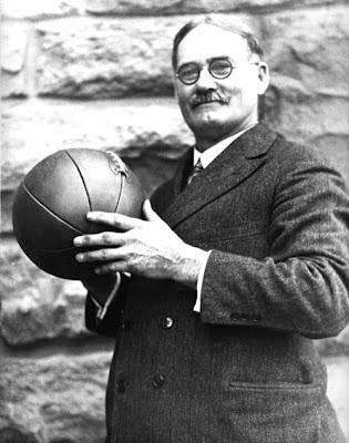 James Naismith  Penemu Permainan atau Olahraga Bola Basket