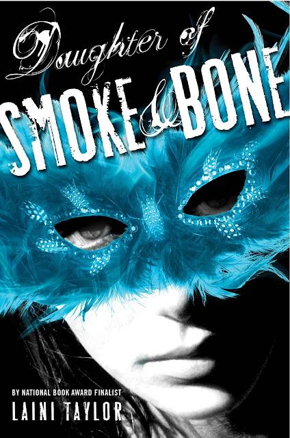 """Paramount negocia direitos de """"Daughter Of Smoke and Bone"""". 17"""