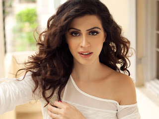 Karishma Kotak Biography Age Height, Profile, Family, Husband, Son, Daughter, Father, Mother, Children, Biodata, Marriage Photos.
