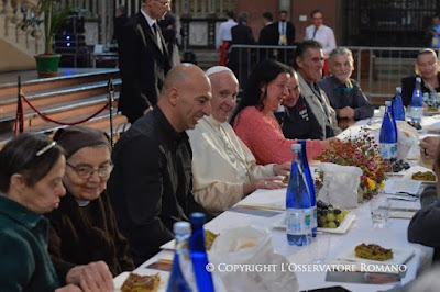 Pope Francis eatind in cathedral