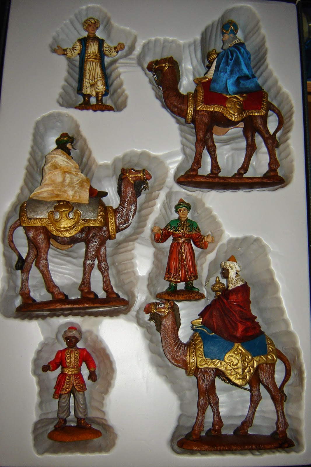 fa3e010a93c Belenes y Complementos Artesanos  Cabalgata de Reyes Magos
