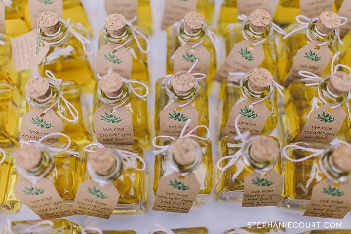 diy olive oil wedding favors