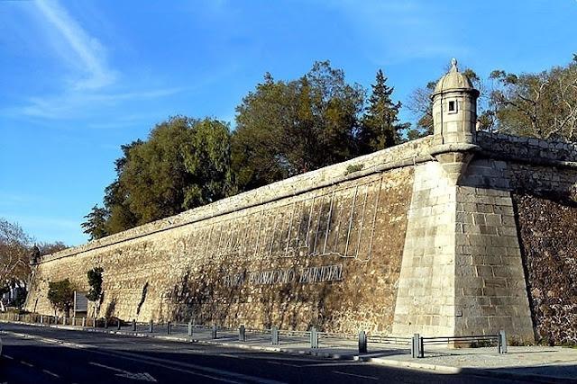 Informações das Muralhas de Évora