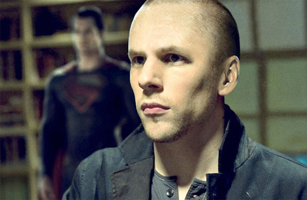 Justice League : [ Spoiler ] To Help Lex Luthor Breakout Of Prison.