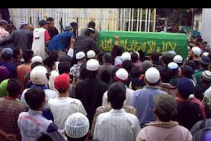 Inilah Pahala Besar Mengantar Jenazah dalam Islam