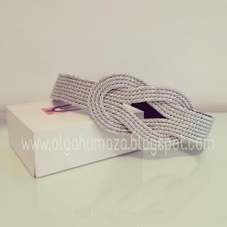 http://olgahumaza.blogspot.com.es/2014/07/c05-cinturon-cuerda-pasamaneria-dorado.html