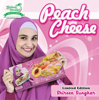 malang-strudel-peach-cheese