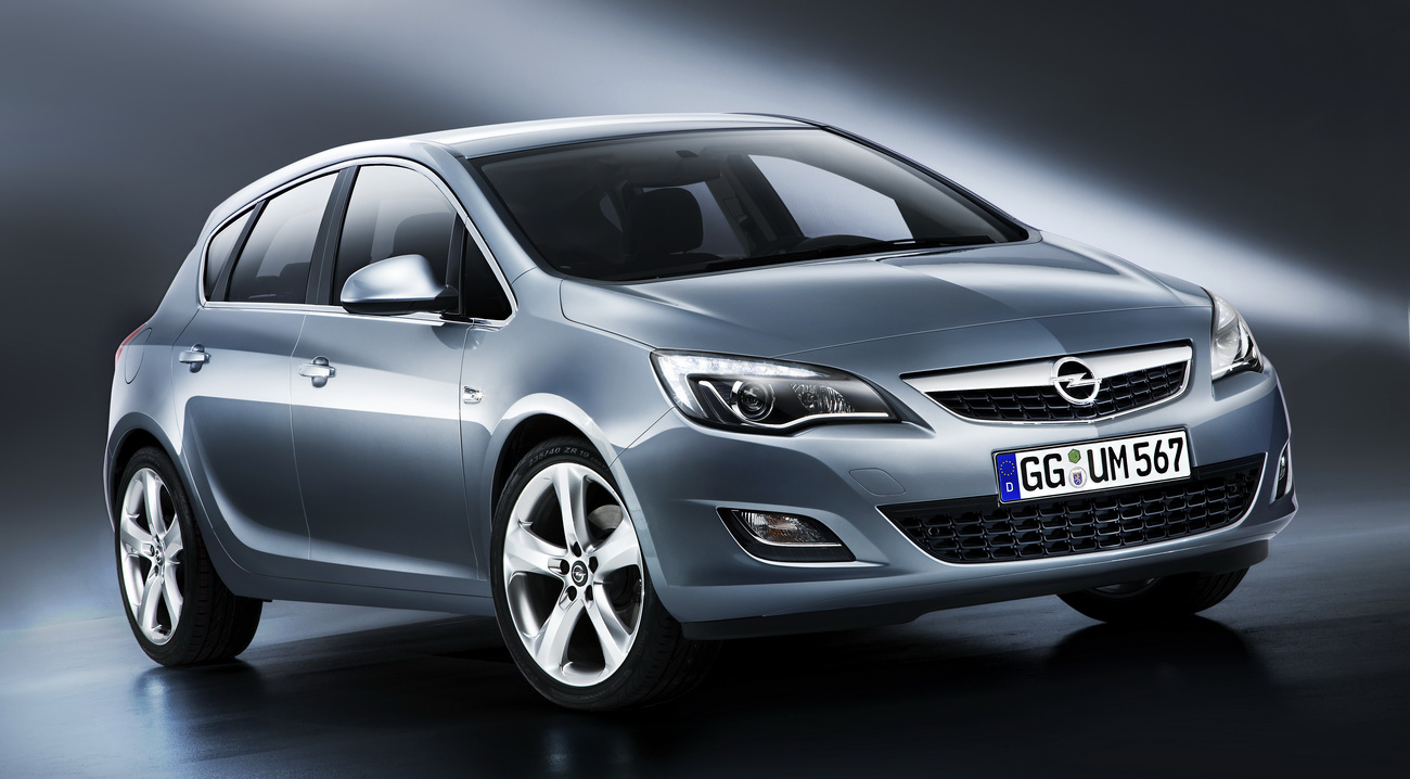 Amazing Cars Reviews and Wallpapers: 2011 Opel Astra