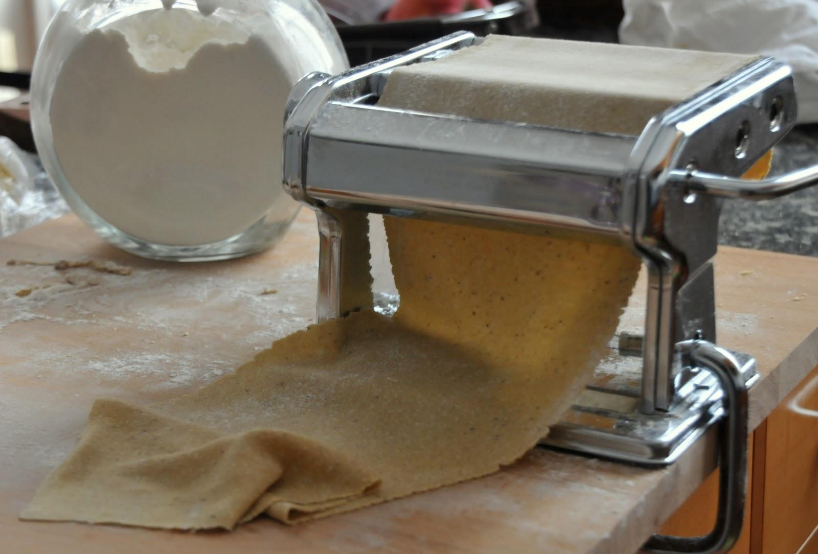Le chat egoiste pasta con farina di castagne fatta in - Casa profumatissima ...