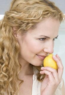 Benarkan Lemon Bisa Mengatasi Maag?
