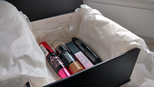 Maybelline - beauty lovers box
