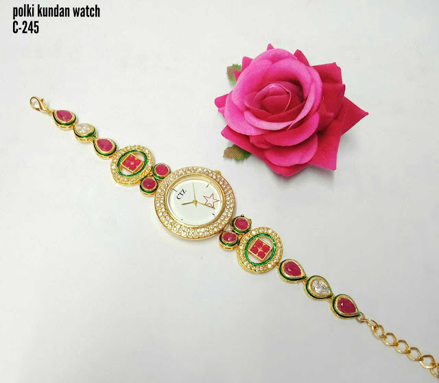 High Quality Americqn Diamond Fitted Ladies Watch