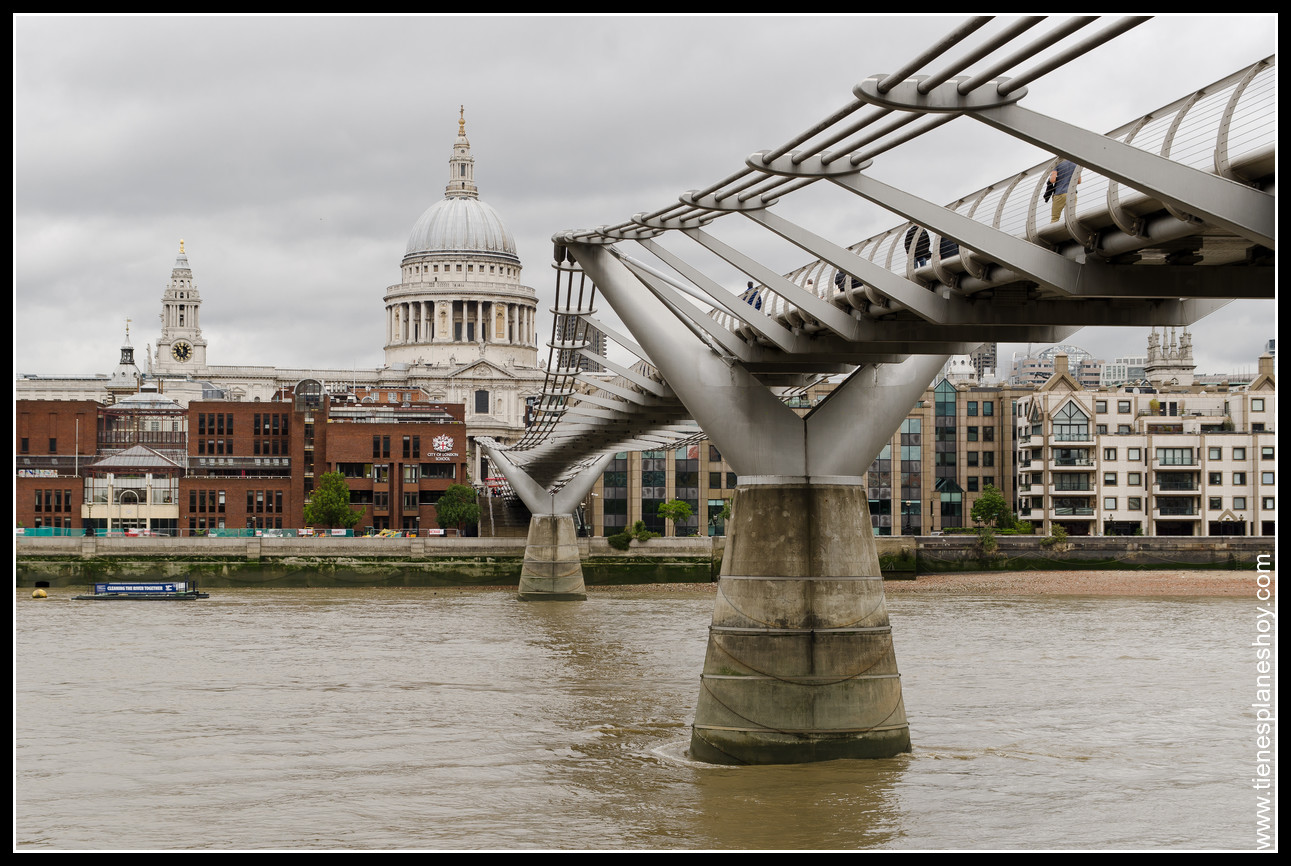 Millenium Bridge Londres (London) Inglaterra