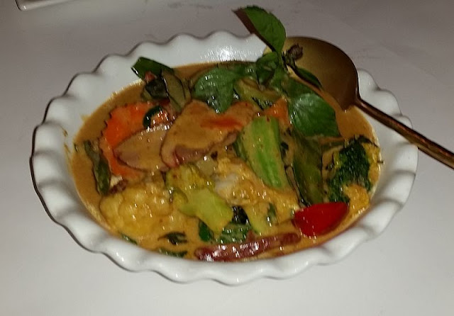 Riversdale Thai, Camberwell, Thai, red duck curry