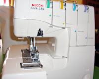 Necchi no produce Overlocks industriales, pero a producido una pequeña Overlock para el mercado domestico denominada como Necchi Lock